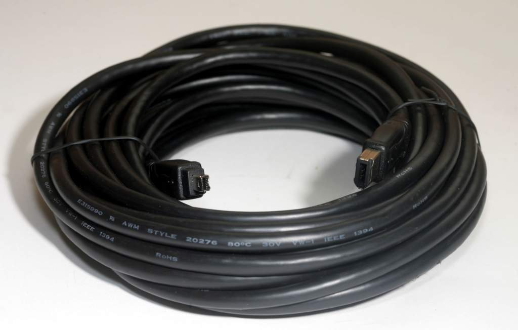 25FT FIREWIRE CABLE BLACK 6PIN 4PIN
