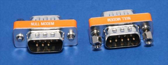 NULL MODEM ADAPTER DB9 Male to Male Slimline